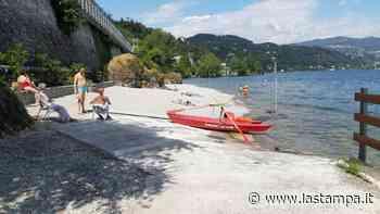 Arona apre il lido delle Rocchette: in spiaggia con bagnini, sicurezza e bandiera blu - La Stampa