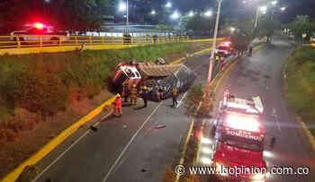 Accidente de tránsito en la intersección Arrnulfo Briceño - La Opinión Cúcuta