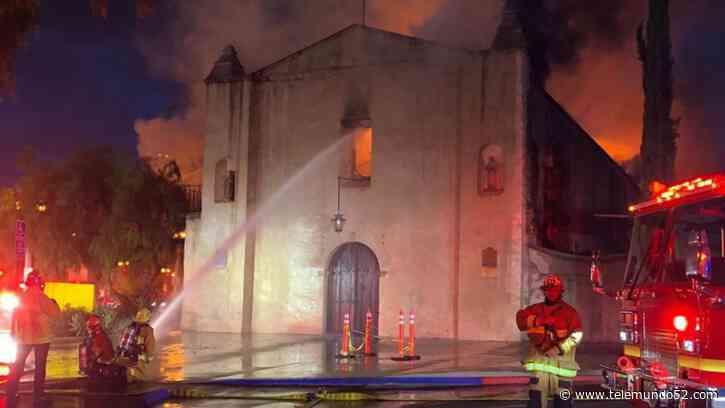 Incendio destruye a la histórica iglesia de San Gabriel - Telemundo 52