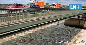 Große Suchaktion nach vermisstem Kajakfahrer auf der Elbe bei Geesthacht - Lübecker Nachrichten