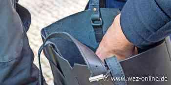 Wolfsburg: Taschendieb stiehlt Geldbörse aus Handtasche - Wolfsburger Allgemeine