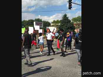 Protesters Shut Down Joliet Intersection, Demand Justice - Joliet, IL Patch