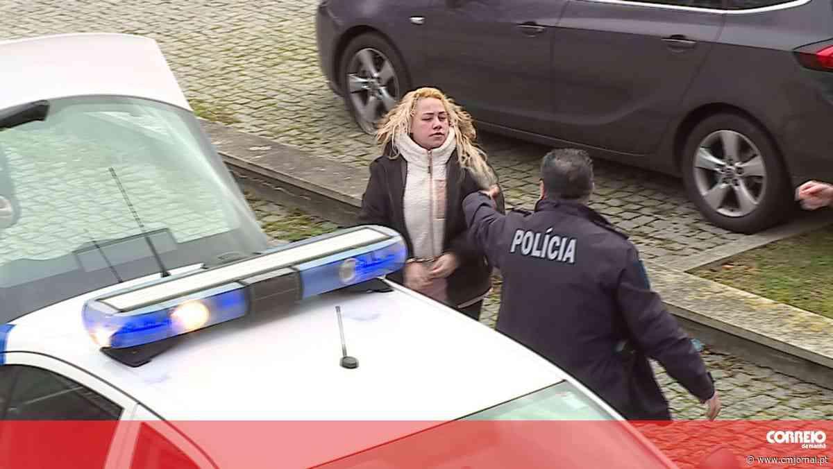 Mulher que agrediu juíza e procuradora em Matosinhos condenada a 3 anos de prisão com pena suspensa - Correio da Manhã