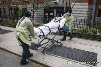 As virus rages in US, New York guards against another rise - Yahoo News