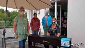 Näherinnen spenden der Caritas-Tagesflege Melle ein E-Piano - Neue Osnabrücker Zeitung