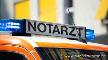 Transporter gerät in Gegenverkehr: Zwei Verletzte - Süddeutsche Zeitung