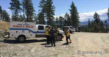 Hikers from Langley rescued by helicopter near James Lake, B.C. - Global News