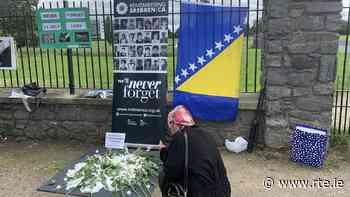 Peace vigil in Dublin to mark Srebrenica anniversary - RTE.ie