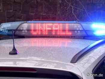 Autofahrer fährt in Kehl gegen Bäume und verletzt sich schwer - BNN - Badische Neueste Nachrichten