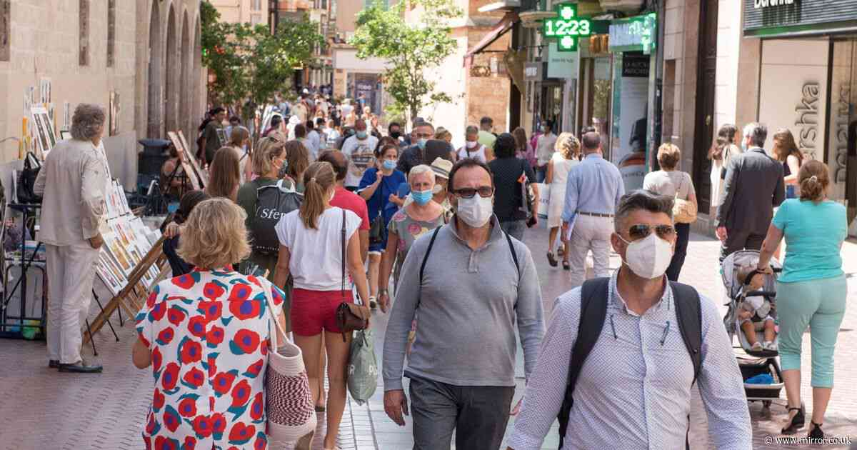 Mallorca and Ibiza to start dish out £90 'no mask' fines as summer season starts