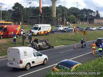 Acidente envolvendo carro causa lentidão na BR-277 no Orleans - Mobilidade Curitiba