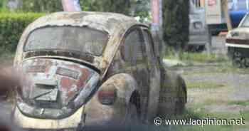 Piden el retiro de autos Chatarra en Cerro Azul - La Opinión