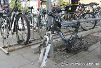 Fahrradständer am Bahnhof: Hainichen hat die Nase vorn - Freie Presse