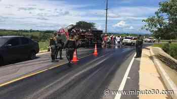 Conductor perdió el control y se volcó en la vía Caucasia - El Bagre - Minuto30.com