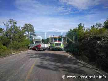 Vuelca pipa de gasolina en Tlaxiaco; cierran paso de la carretera a San Miguel el Grande (12:45 h) - ADNl sureste