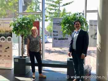 Gemeente Zwijndrecht recyclet bedrijfskleding tot bankje - Regio Online Nederland