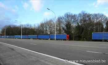 Nachtelijke parkeerzone is niet meer: tonnagebeperking weert vrachtwagens van ventweg