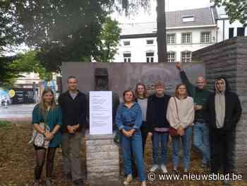 Jongeren voeren actie aan standbeeld Leopold II (Halle) - Het Nieuwsblad