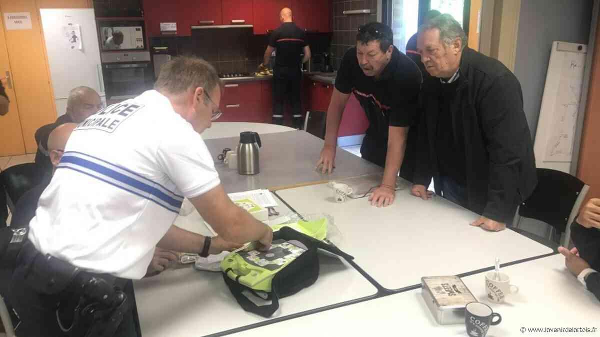 Vitry-en-Artois : La police municipale équipée d'un défibrillateur - L'Avenir de l'Artois