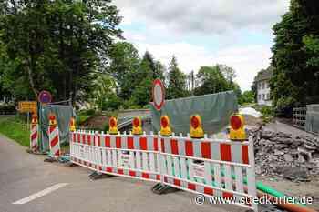 Die Umleitung der Kreisstraße in Unteralpfen führt die Verkehrsteilnehmer ... | SÜDKURIER Online - SÜDKURIER Online