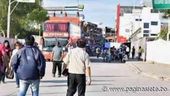 Un grupo de 250 bolivianos regresa al país por Yacuiba - Pagina Siete