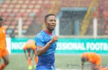 I Hail O! Abu Azeez Leaves Warri Wolves - FootballliveNG