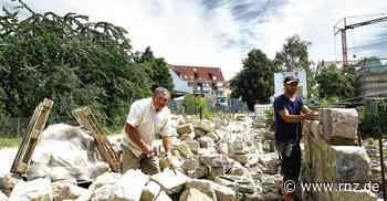 Eppingen: Am Bachwegle entstehen drei Meter Mauer am Tag - Rhein-Neckar Zeitung