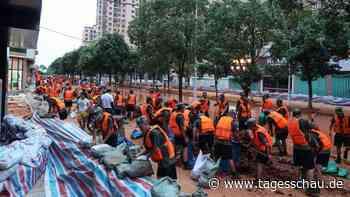 Chinas Kampf gegen das Rekord-Hochwasser