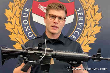 Victoria man facing charges after brandishing semi-automatic rifle - Parksville Qualicum Beach News