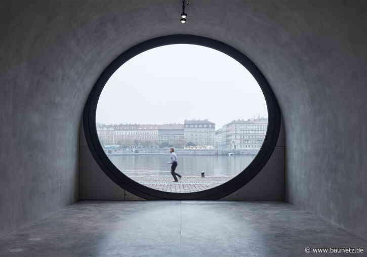 Guckloch zur Moldau  - Ufergestaltung in Prag von Petr Janda / brainwork