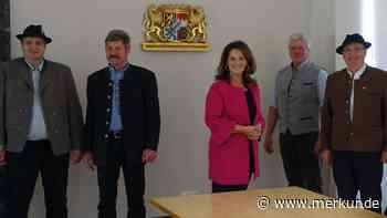 Mittenwald/Almwirtschaftlicher Verein besucht Landwirtschaftsministerin Kaniber - Merkur.de