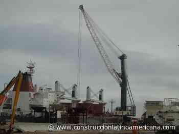 Liebherr participa en puerto Paracas   Artículo - Construcción Latinoamericana