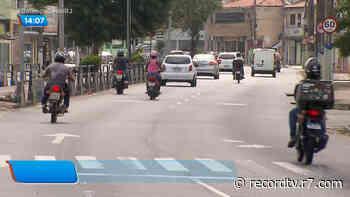 Moradores denunciam má conduta de motociclistas em Campos dos Goytacazes (RJ) - Record TV