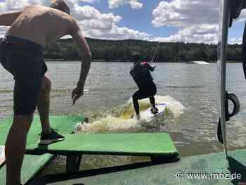 Sommer: Wakeboard-Fans kommen in Bad Saarow auf ihre Kosten - Märkische Onlinezeitung