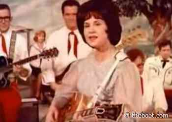Why Kitty Wells Challenged Hank Thompson With 'Honky-Tonk Angels'