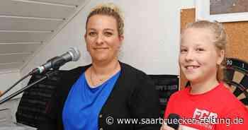 Alleinunterhalterin Melanie Loew aus Schwalbach fehlen die Aufträge - Saarbrücker Zeitung
