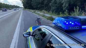A3 Obertshausen: Frau mit irren Trip - Autofahrer trauen Augen nicht - Fuldaer Zeitung