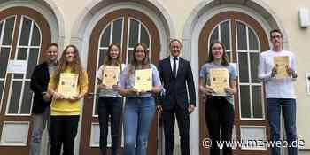 Humboldt-Gymnasium Hettstedt: Auszeichnung für Schülerinnen und Schüler - Mitteldeutsche Zeitung
