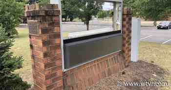 Lee-Davis and Stonewall Jackson school signage removed in Hanover - wtvr.com