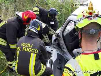 Incidente ad Azzano Decimo: autocarro finisce nel fossato - Nordest24.it