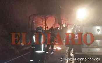 Bus de Occidental terminó incinerado en Apía - eldiario.com.co