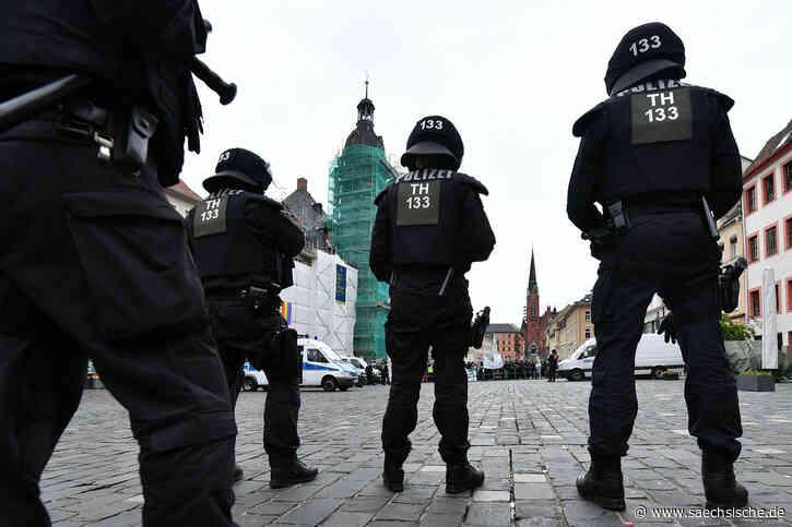 Altenburg: Protest gegen Höcke und Kalbitz - Sächsische Zeitung