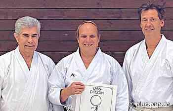 Der oberste Karate-Trainer - PNP Plus