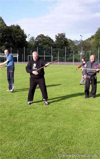 Karate auf dem Sportplatz - Blick aktuell