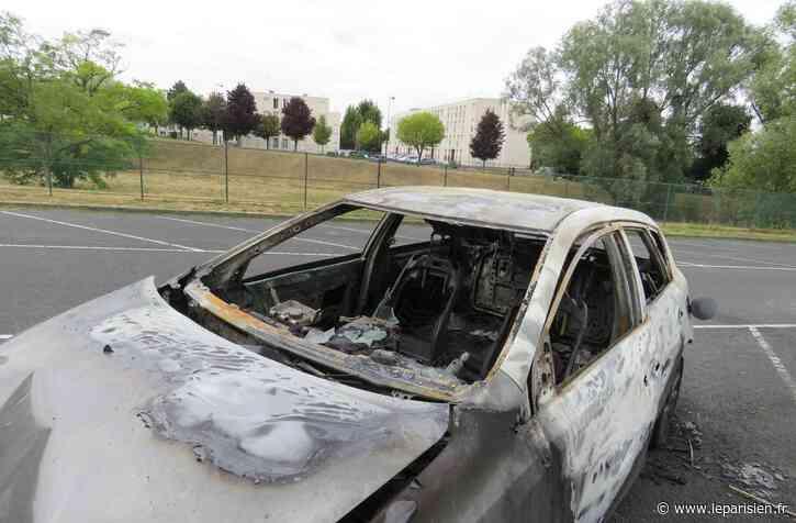 Pompiers pris pour cible à Etampes : «Ils se sont mis à courir», décrit un gardien - Le Parisien