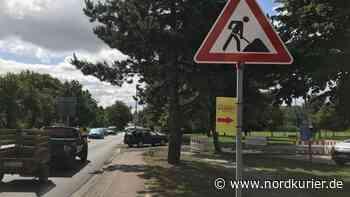 Behelfszufahrt zum Parkplatz wird noch ausgeschildert - Nordkurier
