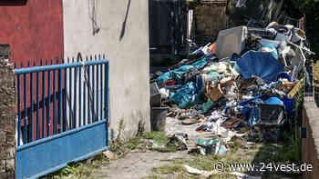 Datteln: Das sagt der Eigentümer über den Riesen-Müllberg vor seinem Haus - 24VEST