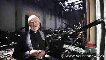 Incendio en Misión San Gabriel, Obispo O'Connell espera sea un accidente - Vatican News