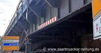 Tauben unter der Eisenbahnbrücke in Ottweiler - Saarbrücker Zeitung