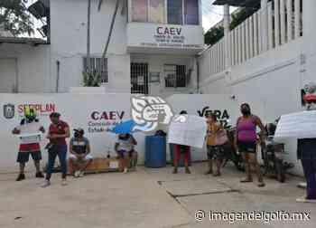 Manifestación en CAEV de Nanchital; llevan 25 días sin agua - Imagen del Golfo
